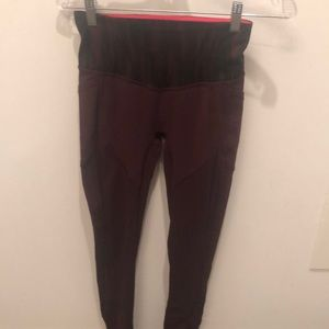 Lululemon All the Right Places Pants I, size 4